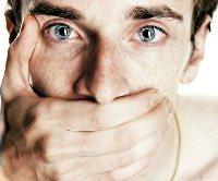 Почему мужчины избегают психологов